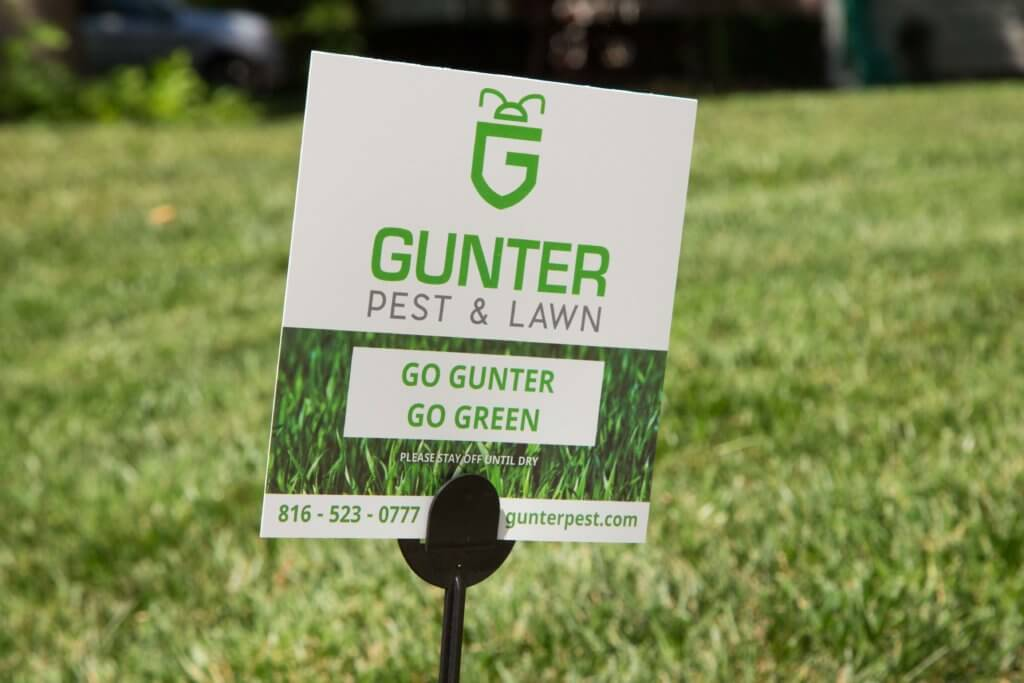 Gunter Pest & Lawn Care offers the best Kansas City Lawn Care service in the city.
